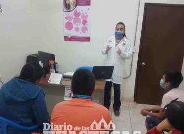 Centro de Salud orienta a jóvenes