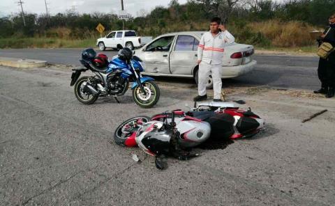 Motociclista chocó contra un vehículo