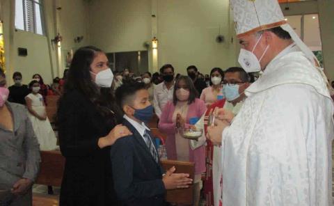 Obispo estuvo en municipio