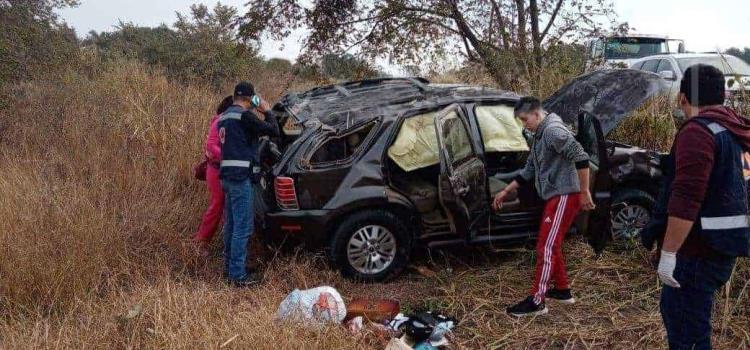 Volcadura dejó cuatro heridos