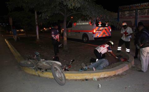 HERIDO PAR DE MOTOCICLISTAS