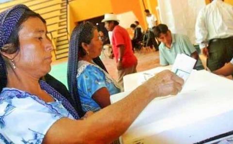 """Indígenas amenazan con """"no salir"""" a votar"""