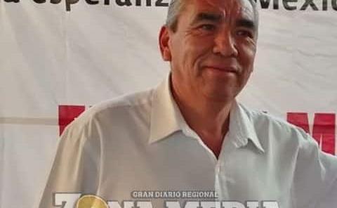 Militantes de Morena reciben información