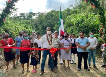 Inauguró camino el Ayuntamiento