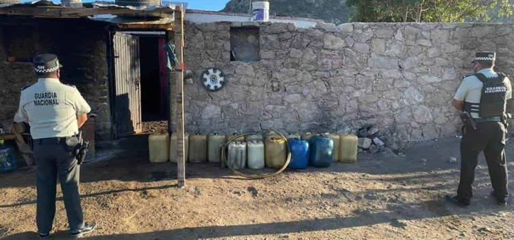 Decomisan 500 litros de gasolina ilegal