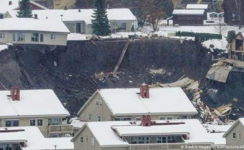 Deslizamiento de tierra dejó 21 desaparecidos