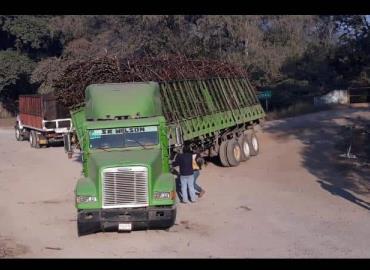 Caminos afectan a los productores