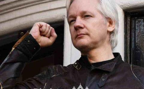 Rechazan extradición  de Julian Assange