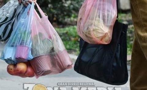 Piden dar seguimiento  a ley sobre plásticos