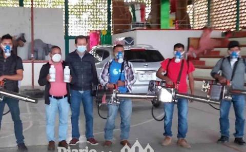 Alcalde entregó 6 termonebulizadores