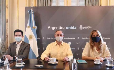 Conversa López-Gatell con funcionarios rusos