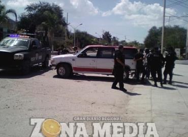 2 ex policías presos por diversos delitos