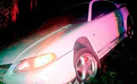 Vehículo se salió de la carretera