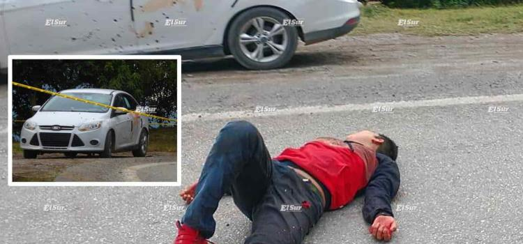 Rafaguean coche y asesinan a dos