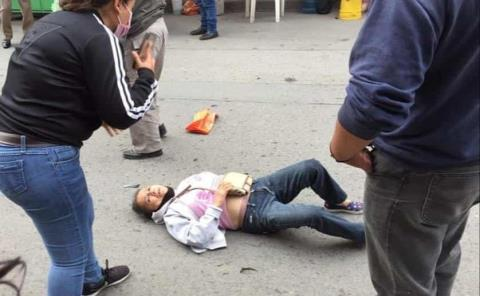 Mujer arrollada por veloz auto