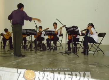 La música desarrolla habilidades en niños
