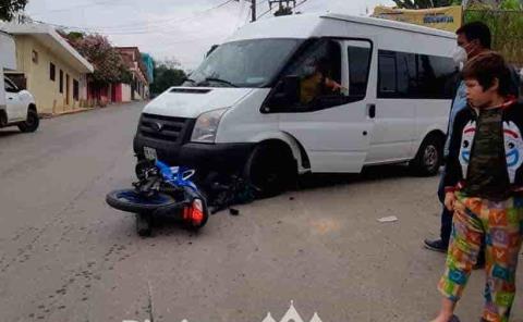 Camioneta arrolló a un motociclista
