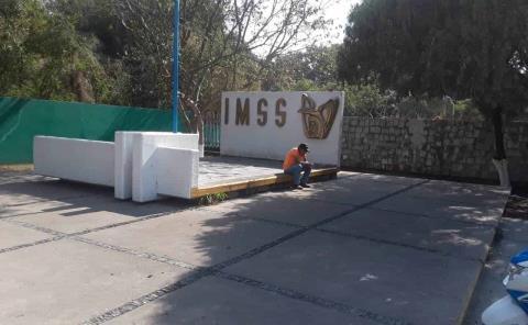 El IMSS no cuenta con especialidades