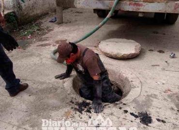 Reparan fallas en el sistema de drenaje