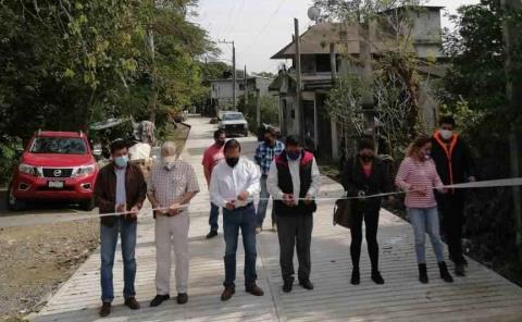 Alcalde inauguró calle rehabilitada