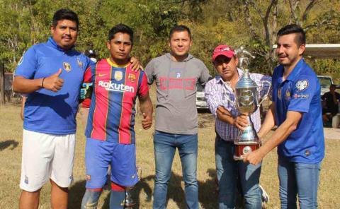 Lobos de Tanlajás el campeón en Pujal