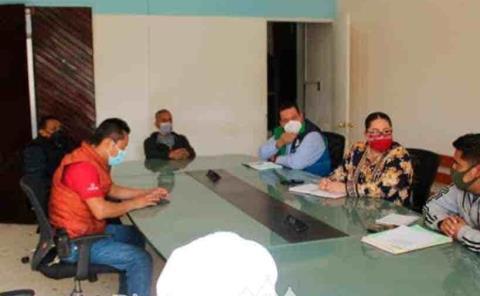 Otorga audiencia a las autoridades de Ahuatitla
