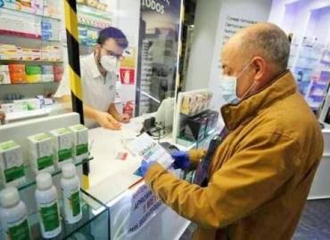 Farmacias laboran en horario normal