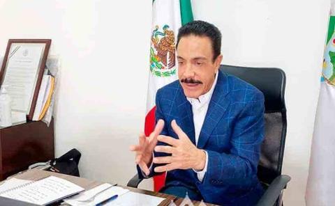 Gobernador plantea que estados obtengan vacunas en otros países