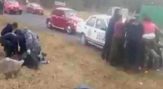 Turistas agreden a  policías municipales