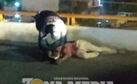 POLICÍAS FRUSTRAN SUICIDIO DE JOVEN