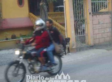 Invitan a motociclistas  a usar casco protector