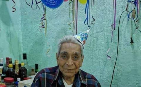 100 años festejó Timoteo Arenas