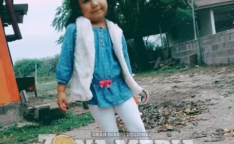 Toñita goza de su niñez