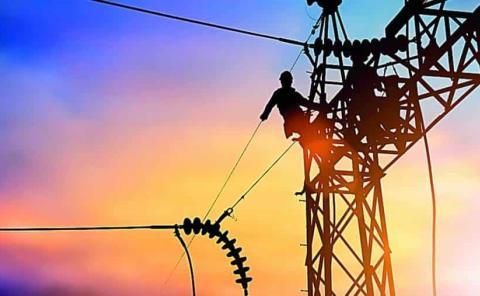 Incongruencia en política de energía