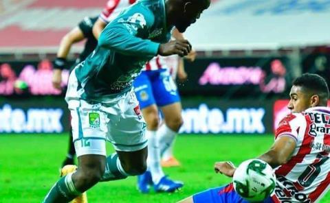 León y Chivas cierran fecha 5