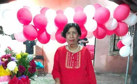 Bendecida y amada Estelita González