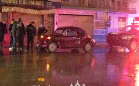Conductor provocó accidente y huyó