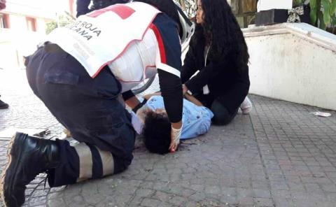 Indigente agredió a tubazos un joven