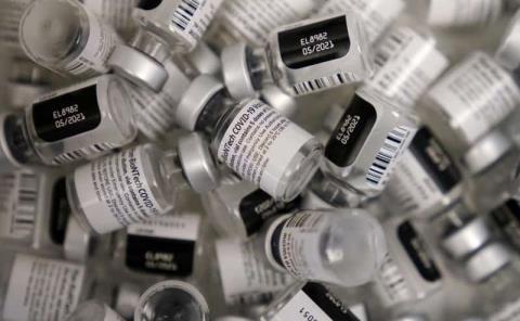 Modificarán vacunas si empeoran las mutaciones