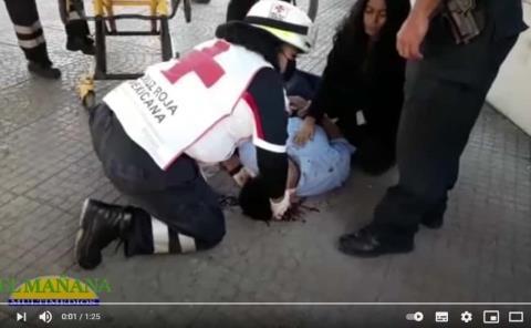 Indigente agredió a tubazos a joven