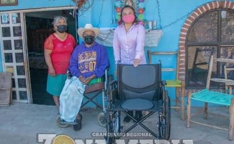 Más sillas de ruedas dio DIF