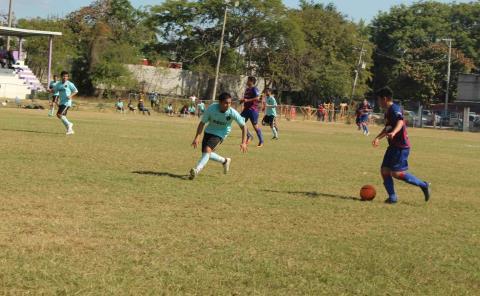 Ligas y torneos podrían reanudar