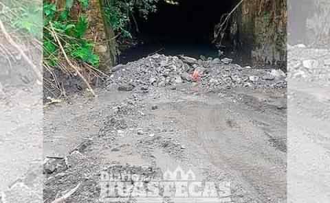 Grave contaminación  por la Minera Autlán