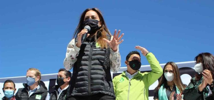 """Las condiciones son las idóneas para que el """"Pollo"""" sea gobernador: Karen Castrejón"""