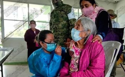 Abuelita de 120 años fue vacunada contra el Covid