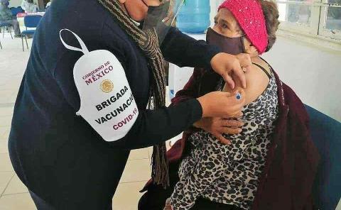 Vacunados 10% de los adultos mayores