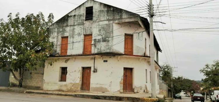 Desprotegidos los edificios antiguos