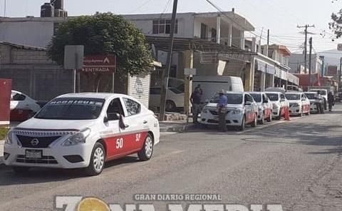Gobierno incumplió préstamo a taxistas