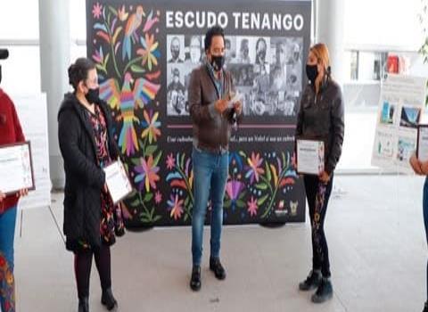 Reconoce Gobierno  de Hidalgo a artesanas