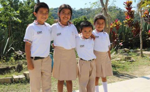 Reconocieron a los docentes indígenas